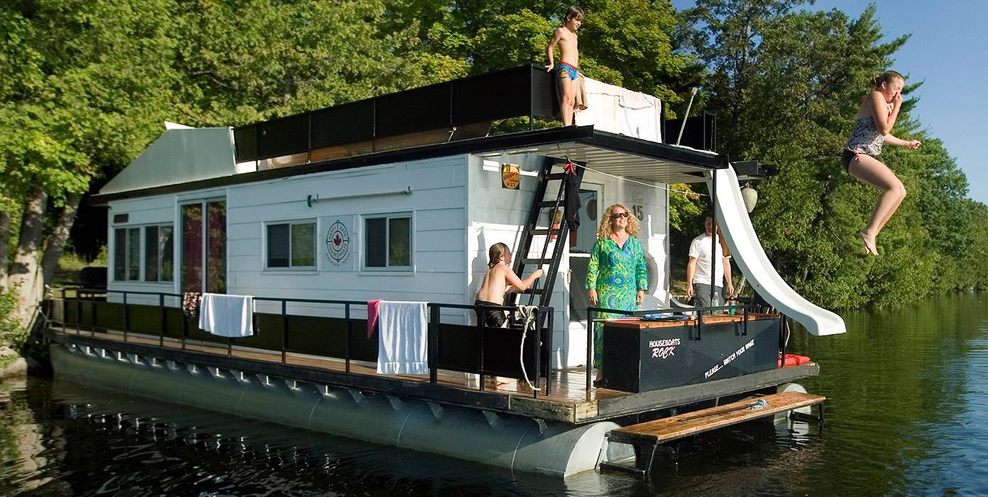 Houseboat-Capital-of-Ontario