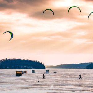 Snow kites on Rice Lake