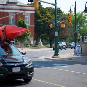 00 Lakefield-Car-and-Kayaks