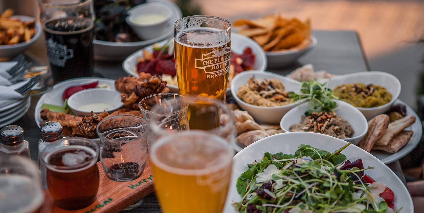 RTO8-Culinary-Brewery-Publican-House-Glasses-Amongst-Food-copy
