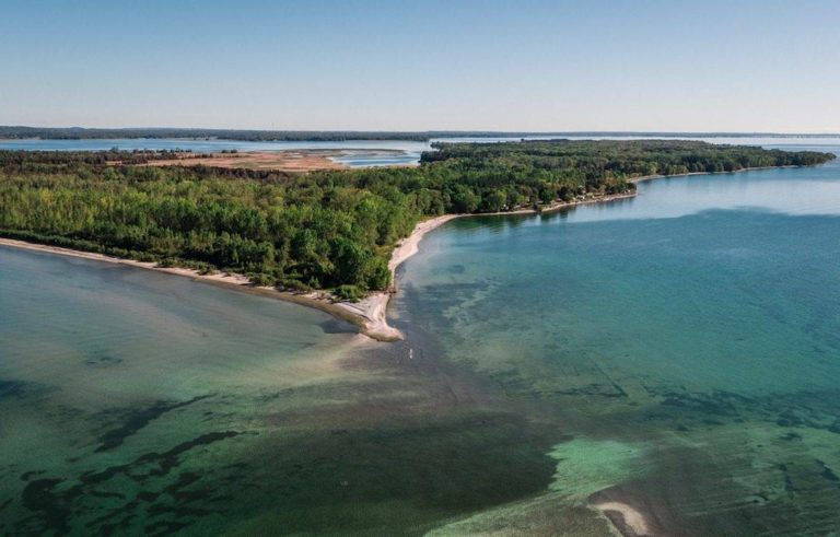 Aerial view of Presqu'ile Provincial Park (Photo Credit: Justen Soule)